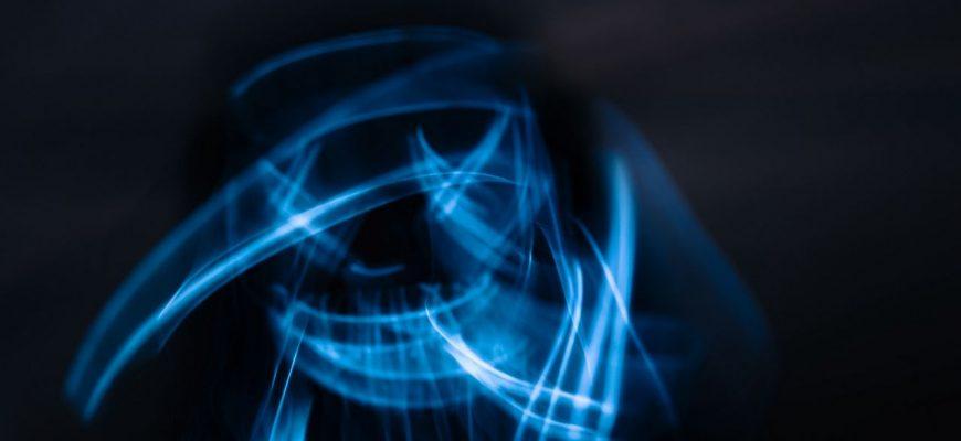 maska neon dlinnaia vyderzhka 186346 1280x720 870x400 - Антенны для автомобиля 2012